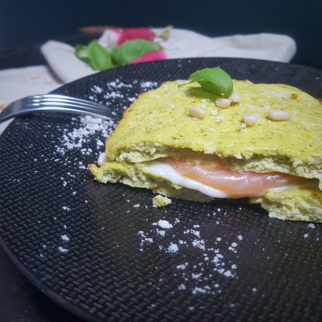 egg croc pesto